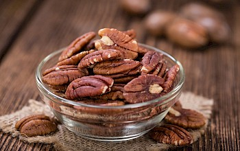 Pecan - calories, nutrition, weight