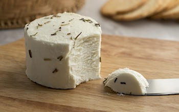 Goat cheese - calories, nutrition, weight