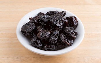 Dried cherries - calories, nutrition, weight