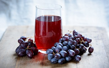 Grape juice - calories, nutrition, weight