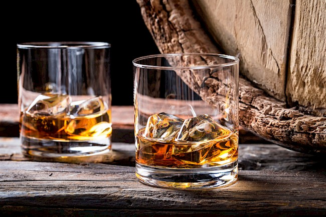 Whisky (whiskey) - calories, kcal
