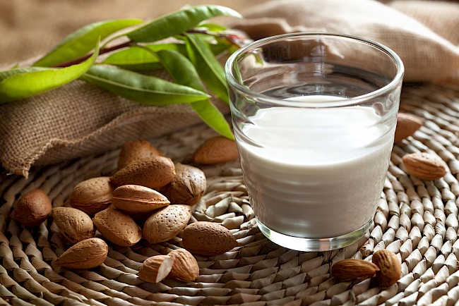 Almond milk - calories, kcal