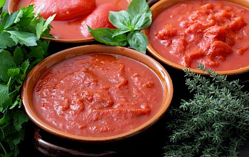 Tomato sauce - calories, nutrition, weight