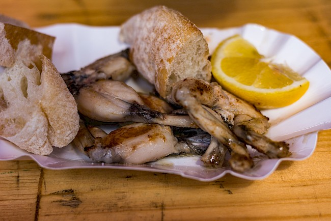 Frog legs - calories, kcal, weight, nutrition
