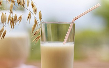 Oat milk - calories, nutrition, weight