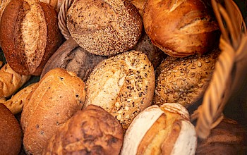Bread - calories, nutrition, weight