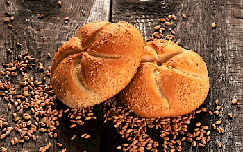Kaiser roll - calories, nutrition, weight