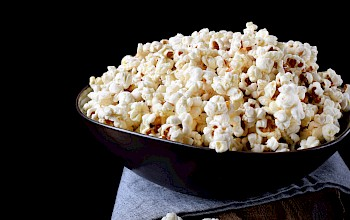 Popcorn - calories, nutrition, weight