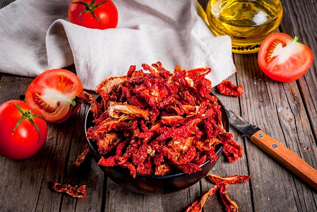 Dried tomatoes - calories, kcal